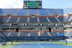 Arthur Ashe Stadium en Billie Jean King National Tennis Center lista para el torneo del US Open Foto de archivo libre de regalías