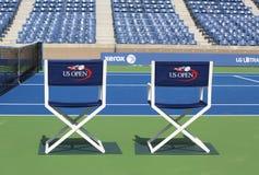 Arthur Ashe Stadium på Billie Jean King National Tennis Center som är klar för US Openturnering Royaltyfri Foto