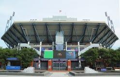 Arthur Ashe Stadium på Billie Jean King National Tennis Center som är klar för US Openturnering Royaltyfri Fotografi