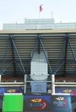 Arthur Ashe Stadium på Billie Jean King National Tennis Center som är klar för US Openturnering Royaltyfria Foton