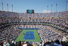 Arthur Ashe stadium podczas us open mężczyzna półfinału dopasowania między Novak Djokovic Nishikori i Kei zdjęcie stock