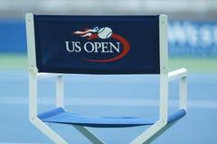 Arthur Ashe stadium przy Billie Cajgowego królewiątka tenisa Krajowym centrum przygotowywającym dla us open turnieju w Nowy Jork obraz stock