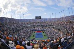 Arthur Ashe Stadium under öppningscermonin av US Open 2014 kvinnor som är sista på Billie Jean King National Tennis Center Royaltyfri Foto