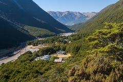 Arthurs Durchlaufdorf in Neuseeland Stockbild
