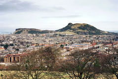 Arthurs Sitz Edinburgh stockfotos