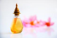 Arti'culos de tocador com flor do plumeria Fotos de Stock Royalty Free