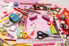 Arti e rifornimenti del mestiere per il biglietto di S. Valentino del san Fotografie Stock Libere da Diritti