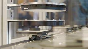 Article assisté par ordinateur de balayage de système de qualité sur la bande de conveyeur banque de vidéos