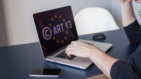 Article 13 l'amendement aux mat?riaux interdits par l?gislation de l'UE de m?dias photographie stock libre de droits