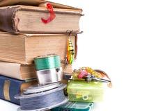Articles de pêche et amorces extérieurs avec des livres Image libre de droits