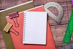Articles pour la créativité des enfants photographie stock libre de droits