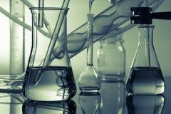 articoli chimici nella scienza fotografia stock
