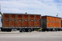 Articulado para animais vivos do transporte imagem de stock royalty free