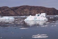 Artide Groenlandia del ghiaccio galleggiante fotografie stock libere da diritti