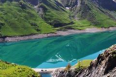 Artificial Lac de盛大Maison,法国罗纳-阿尔卑斯 免版税库存照片
