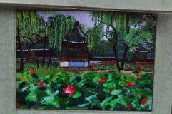 Artigianato da vendere ai vecchi negozi di ricordo del tempio del ` s di Dio della città a Shanghai Cina Fotografia Stock