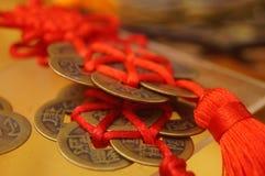 Artigianato fatti delle monete cinesi antiche fotografia stock libera da diritti