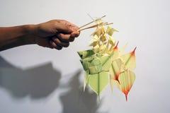 Artigianato mobile di stile del pesce di foglia di palma tailandese della carpa fotografia stock libera da diritti