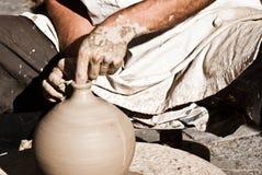 Artigiano dell'argilla Fotografia Stock Libera da Diritti