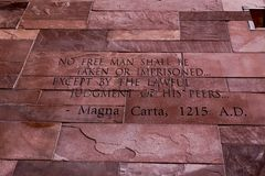Artigo do texto de Magna Carta fotos de stock