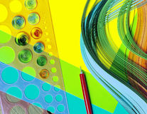 Artigos coloridos brilhantes do fundo para quilling (papel, régua) Imagem de Stock