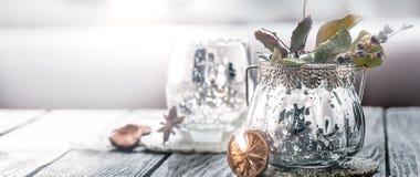 Artigos da decoração no interior imagem de stock