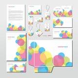 Artigos de papelaria do vetor ajustados com círculos coloridos Imagens de Stock Royalty Free