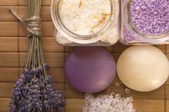 Artigos do banho da alfazema. Fotografia de Stock