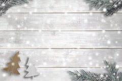 Artigos do Natal no fundo de madeira Imagem de Stock Royalty Free