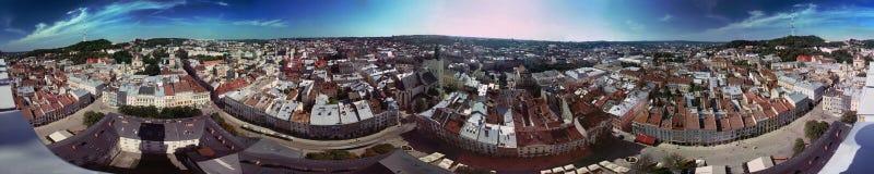 Artikel med ensamrätt-limmad panorama Lviv Arkivbilder