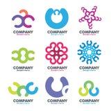 Den abstrakt logoen av cirklar märker � Arkivbilder