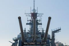 Artillería montada a bordo del acorazado USS Iowa Imágenes de archivo libres de regalías