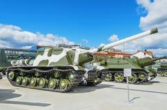 Artilleriinstallation ISU-122 för sovjet 122mm Arkivfoto