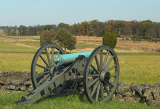 Artillery looking over Gettysburg field. This shows Civil War era artillery at a stone wall in Gettysburg, Pennsylvania Royalty Free Stock Photos