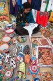 Artisan produisant des travaux manuels Photographie stock libre de droits