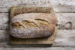 Artisanaal gespeld brood royalty-vrije stock afbeeldingen