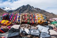 Artisanat dans les Andes du Pérou photographie stock libre de droits