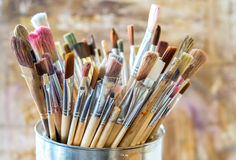 Free Artist Paint Brushes Stock Photography - 89409792