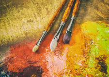 Artist's palette, brushes, retro style Stock Photos