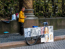 Artista da rua do russo imagem de stock royalty free