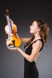 Artista de la mujer con el violín Imagenes de archivo