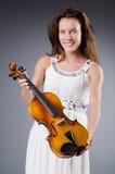 Artista de la mujer con el violín Foto de archivo