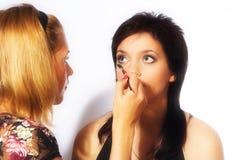 Artista de maquillaje en el trabajo Imagen de archivo