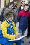 Artista que faz retratos, Moscou da rua, Rússia fotos de stock royalty free