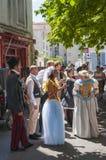 Artistas que executam fora na cidade velha durante o festival de Avignon fora Fotografia de Stock