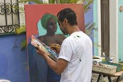 Artiste brésilien de rue au travail images stock