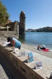 Artiste de plage de Collioure Image libre de droits