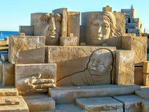Artistiek beeldhouwwerk in het zand royalty-vrije stock foto