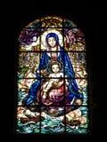 Artistiek gebrandschilderd glas in mosteirodos Jeronimos Jeronimos royalty-vrije stock afbeeldingen