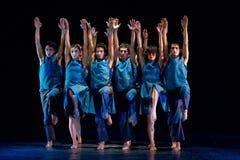 Artistieke dansers van de Nationale Dansacademie stock afbeelding